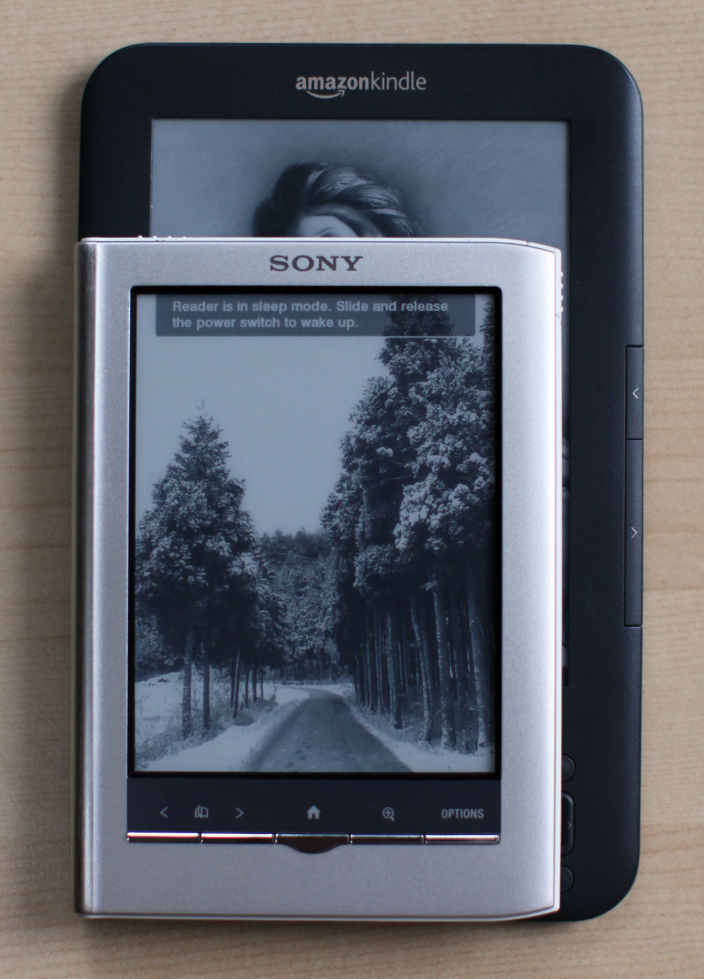 Kindle vs Sony PRS350 size comparison